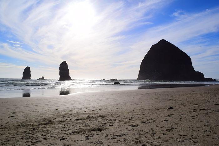 Haystack Rock, Cannon Beach, Oregon. FitlifeandTravel.com