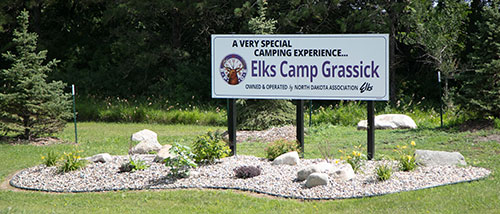 elk-camp-grassick-sign