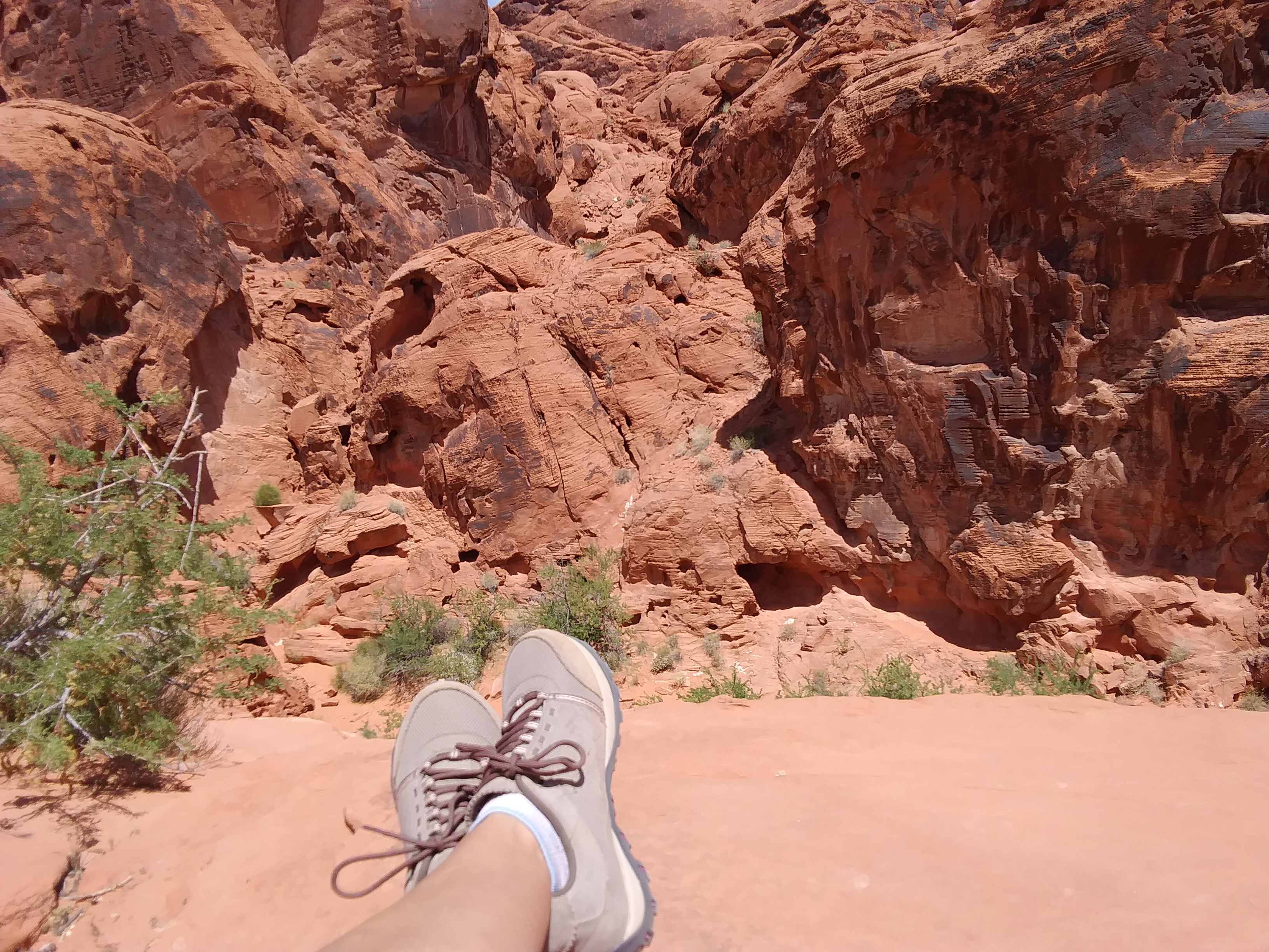 Near Mouses Trap, Valley of Fire, Nevada. FitlifeandTravel.com