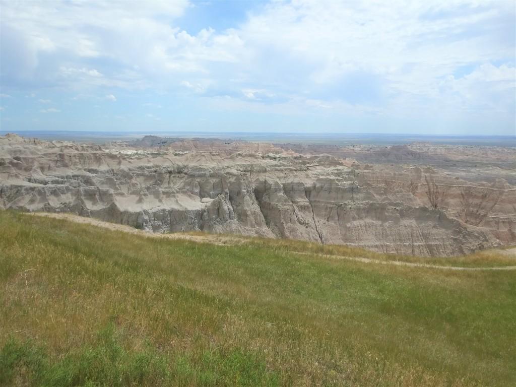 Ancient Hunters Overlook. Badlands National Park, South Dakota. FitlifeandTravel.com
