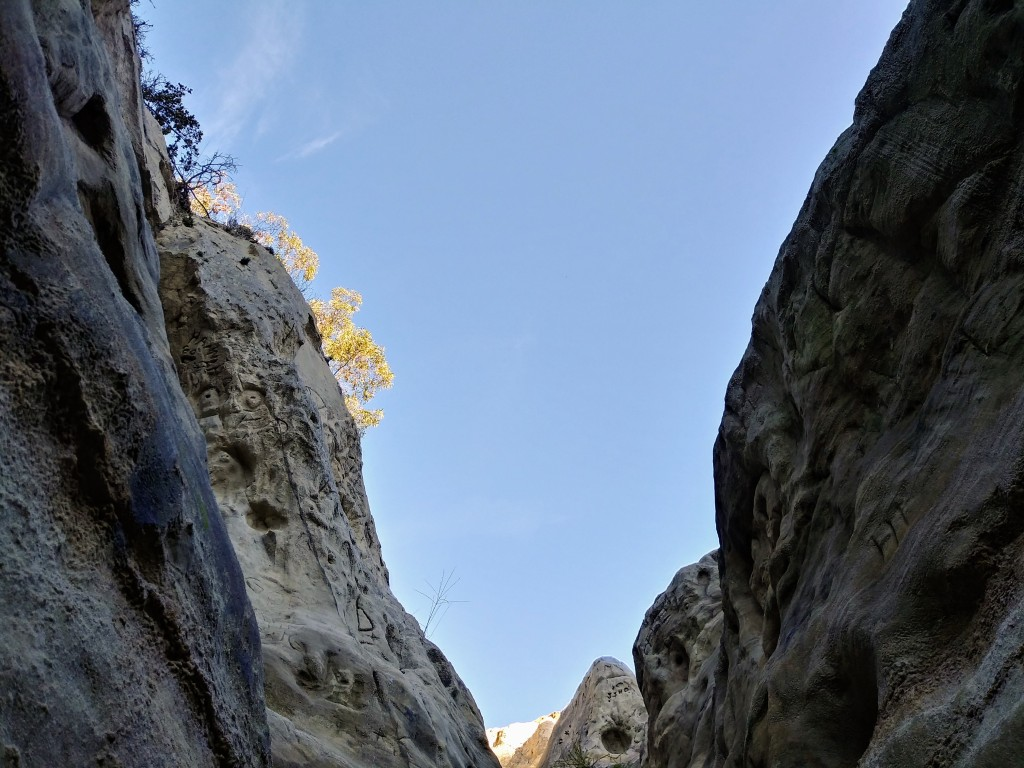 Slot canyons, Annie's Canyon, San Diego, California. Fitlifeandtravel.com