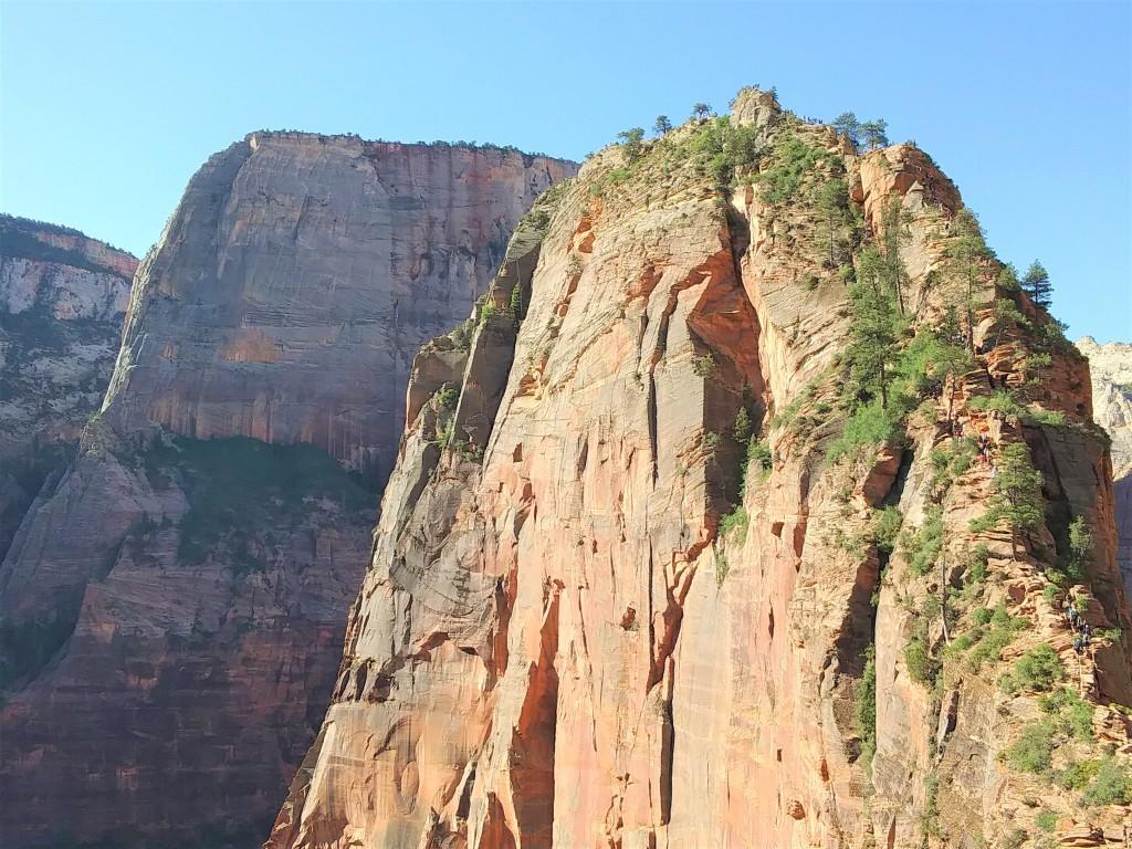 Hiking Angels Landing Zion